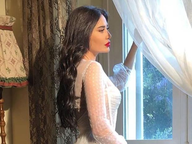 فستان زفاف سيرين عبد النور في