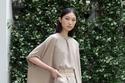 فستان بيج مع كاب من مجموعة Julie de Libran هوت كوتور 2021
