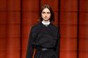 إطلالة كاجول أنيقة من مجموعة  Hermès لخريف 2021