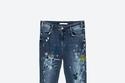 """بنطال جينز مطبع بألوان مختلفة من """"Zara"""""""