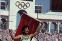 المغربية نوال المتوكل حصلت على ذهبية سباق 400 متر حواجز في دورة الألعاب الأولمبية 1984 بلوس أنجلوس لتكون أول امرأة عربية وأفريقية تحرز ميدالية ذهبية وأول امرأة عربية تحصل على ميدالية أولمبية