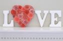 ديكورات منزلك باللون الأحمر لمسة دافئة من وحي عيد الحب