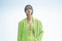 بدلة باللون الأخضر النيون من Ricostru Spring