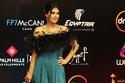 لن تصدقوا كم الفساتين المكررة والمتطابقة في مهرجان القاهرة السينمائي!