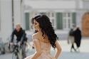 فساتين زفاف ذهبي وردي براقة