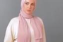 درة بالحجاب في بين السما والأرض