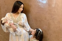 صورة لابنتي دنيا بطمة غزل وليلى روز بملابس متشابهة