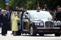 عندما عملت الملكة اليزابيث ميكانيكية سيارات!