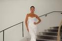 Camila Coelho بفستان أبيض من  نيكولا جبران
