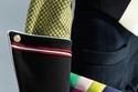 حقيبة بألوان مختلفة من اكسسوارات Louis Vuitton ريزورت 2022