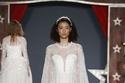 ستان زفاف قصير من تصميم جيني بيكهام