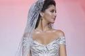 نجمات خطفن الأنظار بفساتين زفافهن الخيالية في 2018 وأخريات أخفقن بشدة!