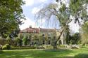 القصر الذي أقام فيه جورج كلوني وزوجته منذ زواجهما