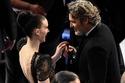 تهنئة عاطفية من روني مارا لخطيبها واكين فينكس لفوزه كأفضل ممثل