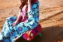 تصاميم الإماراتية فاطمة الملا تتصف بالمرح والألوان ومستوحاة من الثقافة العربية