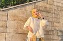 تنسيق ملابس المحجبات الواسعة مع التنورة البليسيه