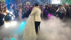 لقطات رومانسية من حفل زفاف هنا الزاهد وأحمد فهمي.. العروس صارت سندريلا