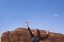 شاهدي ريا أبي راشد في أحضان الطبيعة خلال جولتها السياحية في السعودية