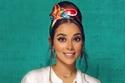تألقي في يوم المرأة الإماراتية بسكارف متعدد الألوان كالأخضر والأحمر