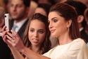صور الملكة رانيا وأولادها العفوية تكشف بوضوح عن طبيعة شخصيتها