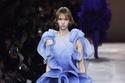 فستان بتصميم مبتكر يشبه الورود من مجموعة Givenchy