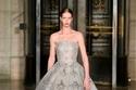 فستان ضخم مزين من مجموعة Oscar de la Renta