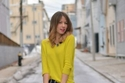 أزياء خريف إطلالات مستوحاة من الألوان الغامقة