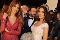 صور مقارنة بين فساتين زفاف نادين نسيب نجيم في مسلسلات رمضان