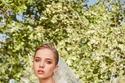 تفاصيل الزخرفة على فستان زفاف أنيق من مجموعة Elie Saab Bridal