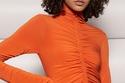 فستان برتقالي ضيق من مجموعة A.L.C. ريزورت 2022