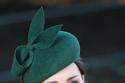 الدوقة كيت ميدلتون بقبعة خضراء