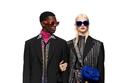 إطلالات مزينة بشعار العلامة من مجموعة Versace لما قبل خريف 2021