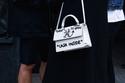 1 حقيبة Jitney bag من Off-White ℅ Virgil Abloh