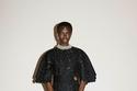 فستان أسود من مجموعة Jil Sander ريزورت 2022