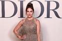 صور إطلالة مريم أوزرلي تنافس النجمات العربيات بعرض أزياء Dior في دبي