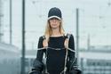 فستان أسود طويل من مجموعة Givenchy ريزورت 2022