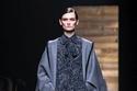 فستان وكاب شتوي من مجموعة أزياء Michael Kors  لخريف وشتاء 2020