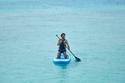 محمد صلاح يمارس التجديف في إحدى جزر المالديف