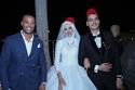 ابنة سليمان عيد بالطربوش في حفل زفافها