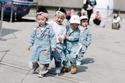 أروع الصور لأزياء ستريت ستايل الأطفال في أسبوع الموضة في مدينة سول!