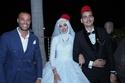 العروسان والحضور