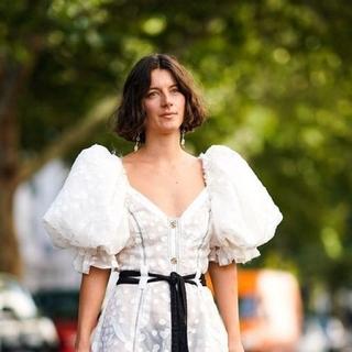 موضة الفساتين بأكمام منفوخة يمكنك ارتدائها في أي وقت