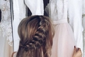 تسريحات عروس شعر طويل بطفيرة علوية
