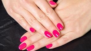 المناكير الوردي: خيارك الأمثل دعماً منكِ لمرضى سرطان الثدي