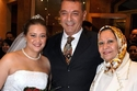 محمود حميدة مع زوجته وابنته