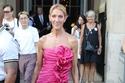 سيلين ديون تتألق في أسبوع الموضة للملابس الراقية في باريس