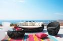 ديكورات وتصاميم جلسات خارجية للمنازل بألوان الصيف الصارخة