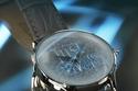 """ساعة بتصميم ملفت من مجموعة """"جست كفالي"""""""