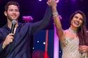 رقص بريانكا تشوبرا وعريسها نيك جوناس في ليلة زفافها الأخيرة