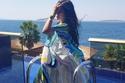 لجين عمران تخطف الأنظار بألوان إطلالتها المبهجة